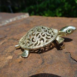 Jewelry - Turtle Jewelry pin brooch pendant